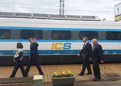 Električni vlak v našem kraju/Villamosítolt vasútvonál Hodoson