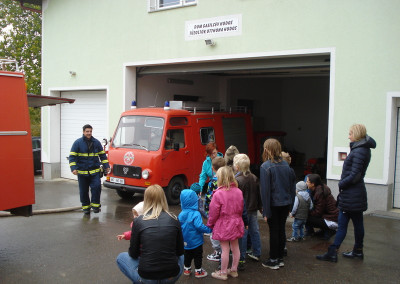 Obisk gasilskega doma/Tűzoltó otthon látogatása