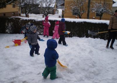 Uživanje na snegu/Téli öröm